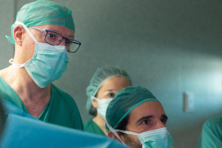 equipo médico especializado en urología en Madrid